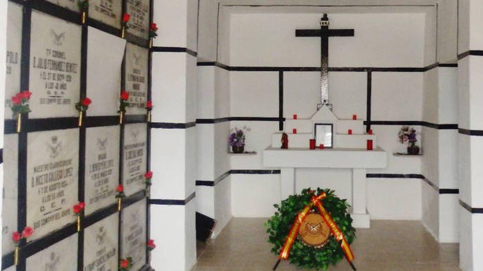 Foto: Interior del Pabellón de Héroes Regulares del Cementerio de Melilla.