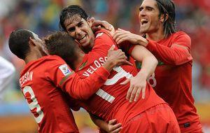Tiago y Carvalho 'renuevan' una Portugal rota alrededor de Cristiano