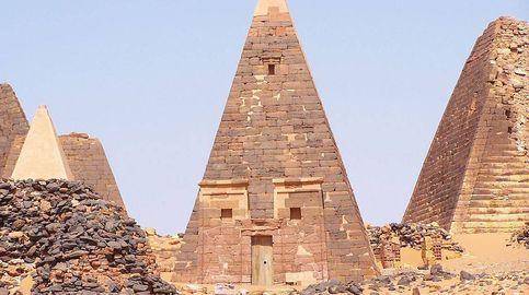 Las tumbas perdidas de Nubia: así son las desconocidas 250 pirámides de Sudán