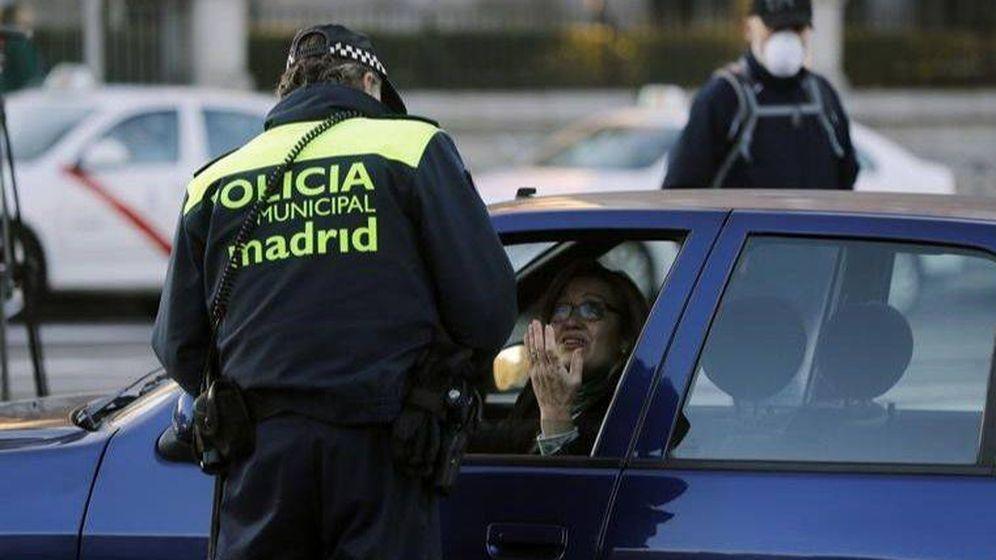 Foto: Tu coche ha sido multado con 1.530 euros: la última estafa para robar tus contraseñas. (EFE)