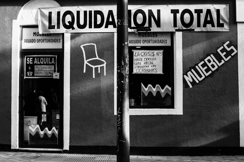 Noticias de madrid liquidaci n por cierre as muri el for Muebles oficina baratos liquidacion por cierre