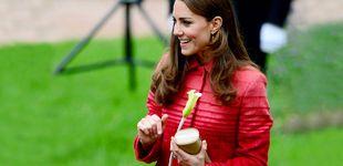 Post de Los 4 imprescindibles en el bolso de Kate Middleton (y ninguno es un móvil)
