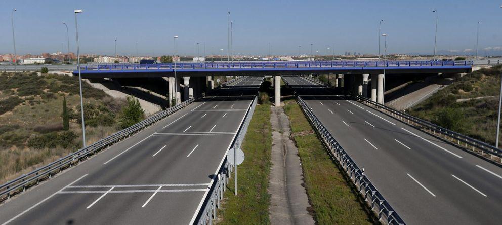 Foto: Vista de la R-2, la autopista de peaje que discurre entre la M40 y Guadalajara. (EFE)