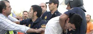 Tres detenidos y un herido en diversos altercados