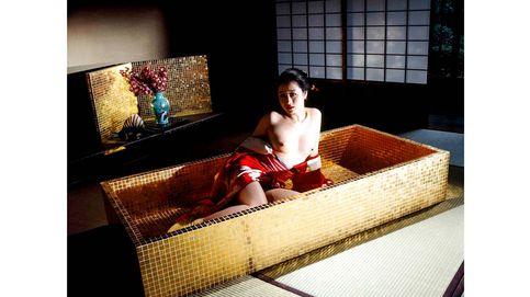 Araki: erotismo y polémica en la fotografía contemporánea