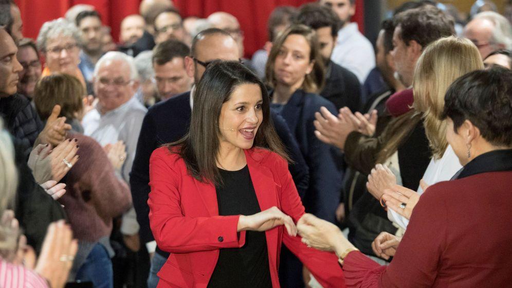 Foto: La portavoz de Cs en el Congreso, Inés Arrimadas, en un acto en Barcelona. (EFE)