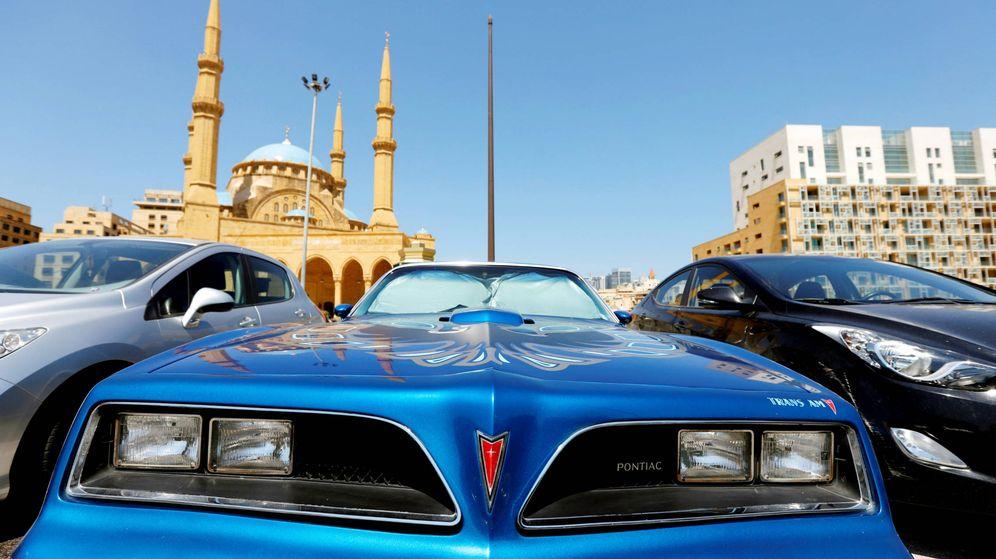 Foto: Coches de lujo en el Líbano. (Reuters)