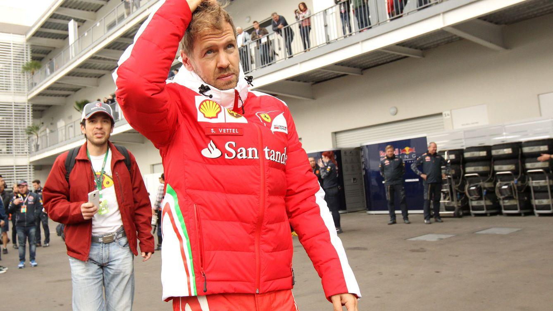 Vettel se libra de recibir un 'paquete' único en la historia de la Fórmula 1