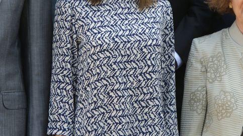 La Reina Letizia y su look sombrío para una mañana de audiencias