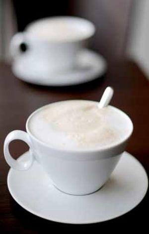 Más de cinco tazas de café al día pueden provocar alucinaciones