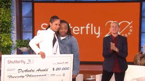 El increíble regalo de Ellen DeGeneres a un adolescente que sufre racismo