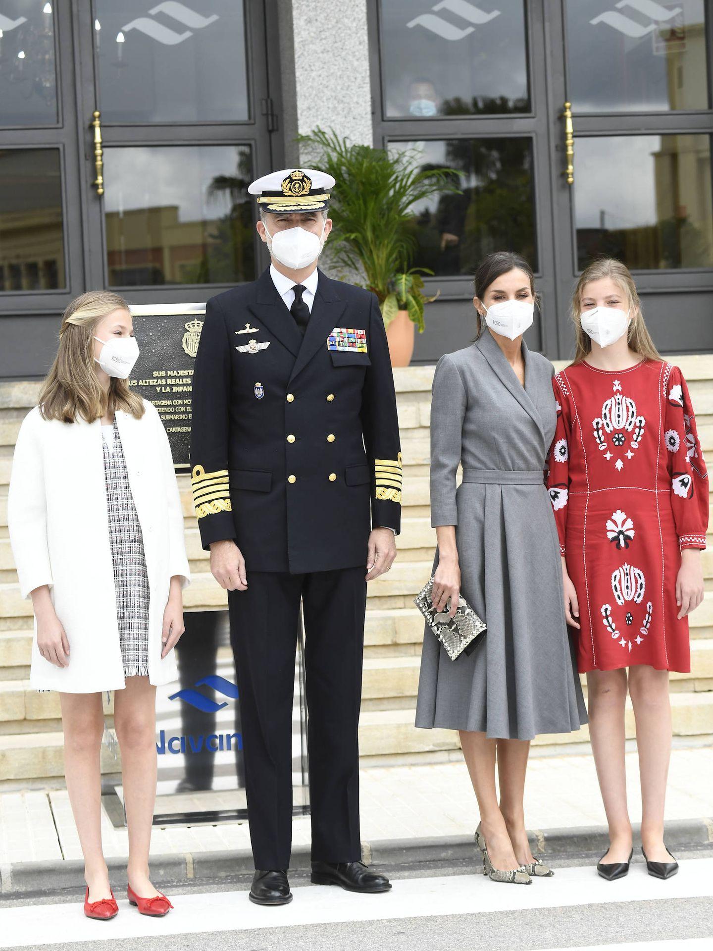 La familia real, este jueves en Cartagena. (Limited Pictures)