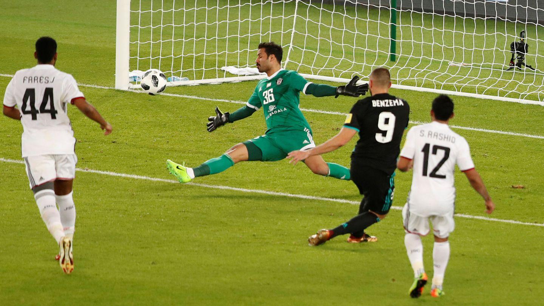 Benzema, contra el Al Jazira en la semifinal del Mundial de Clubes. (Reuters)