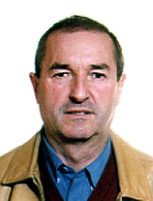 Atutxa fue profesor de Miguel Ángel Blanco en el Instituto y de joven perteneció al entorno de la banda