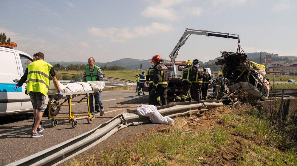 Foto: Imagen de archivo de un accidente de Tráfico. (EFE)
