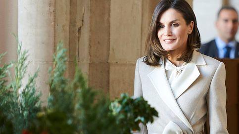 Letizia vuelve al Palacio Real unas horas después de la cena de gala: este es su look