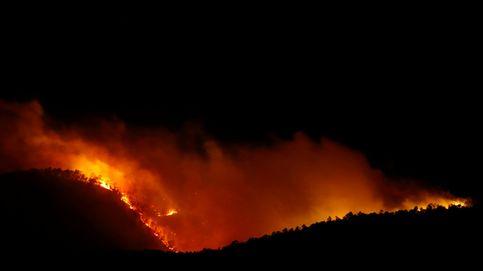 El incendio de Arico (Tenerife) empeora y ya tiene un perímetro de 1.500 hectáreas