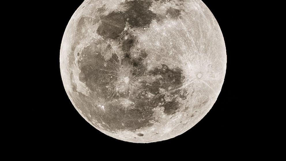 Las imágenes que nos deja la Luna roja
