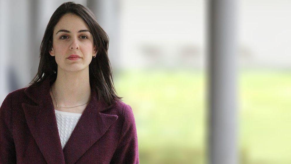 Rita Maestre se viste de 'niña bien' para su visita a los Juzgados