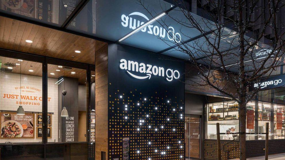 Robos y colas. El 'súper' futurista de Amazon tiene los mismos problemas que el resto