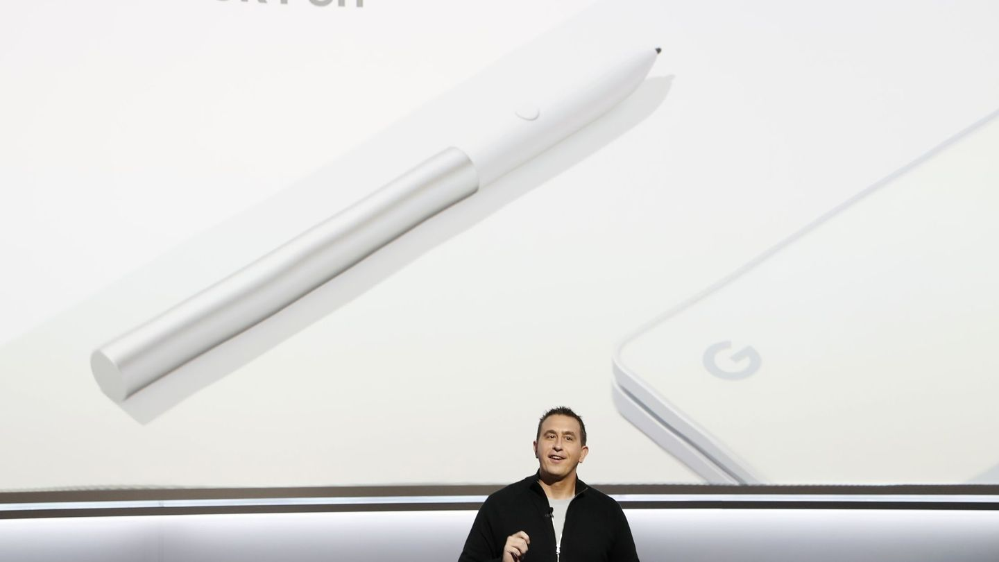 Google product manager Matt Vokoun speaks about the Pixelbook Pen during a launch event in San Francisco, California, U.S. October 4, 2017. REUTERS Stephen Lam