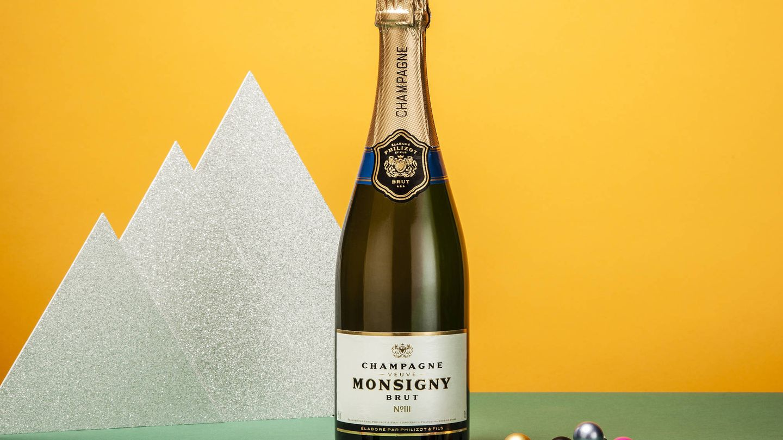 Botella de Veuve Monsigny Champagne Brut.