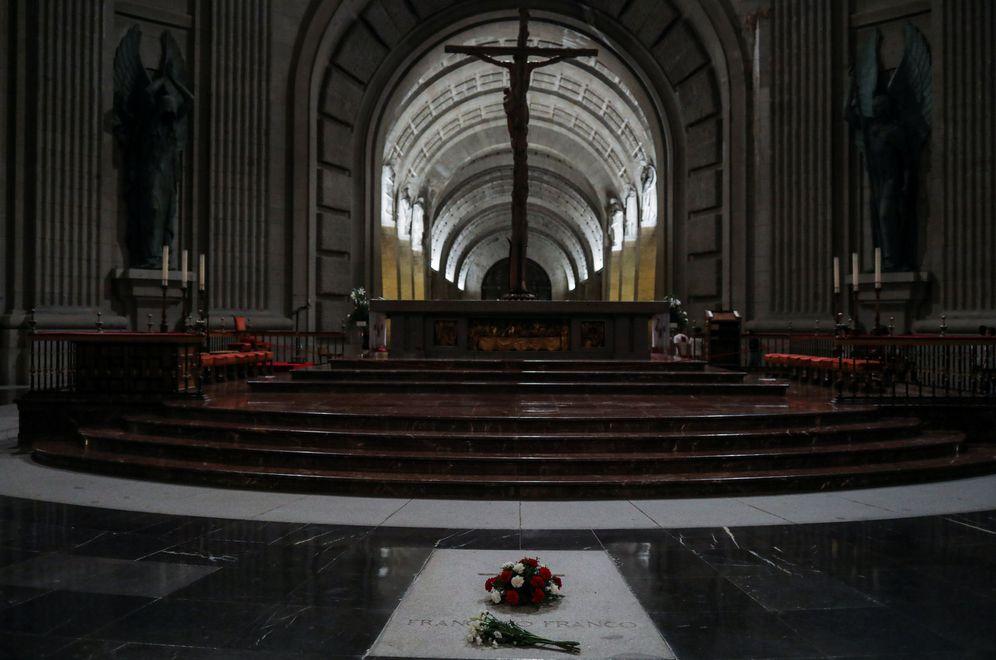 Foto: La tumba de Francisco Franco, en la basílica del Valle de los Caídos, el pasado 19 de junio. (Reuters)