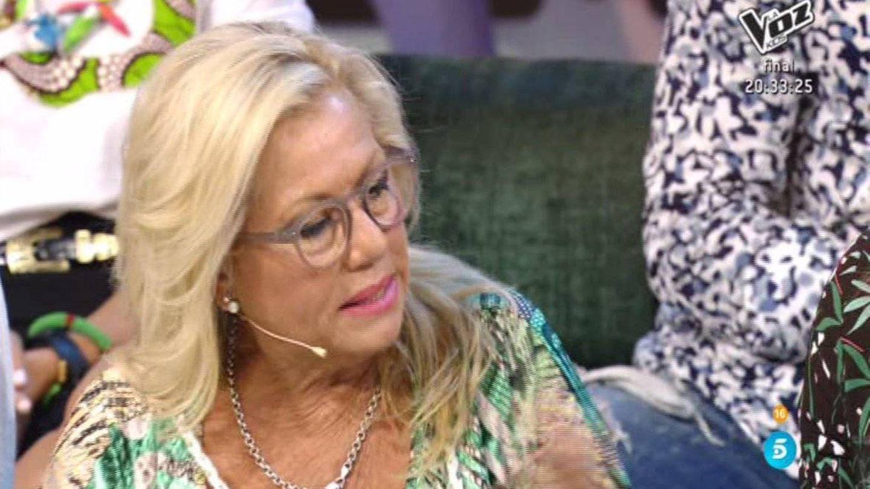 Mayte Zaldívar explicando los besos entre Logan y Sofía en 'Supervivientes'. (Telecinco)
