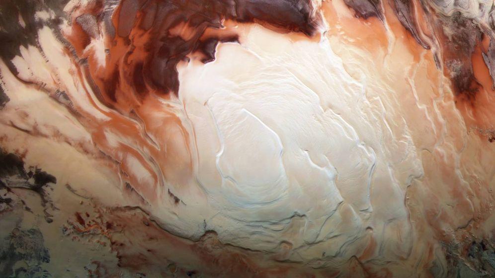 Foto: Polo sur de Marte bajo el que se ha encontrado el lago. (ESA)