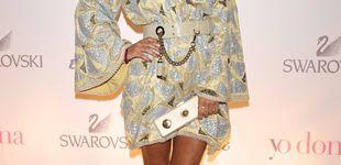 Post de Elena Tablada y sus dos vestidos de novia: seda, diadema y cazadora de cuero