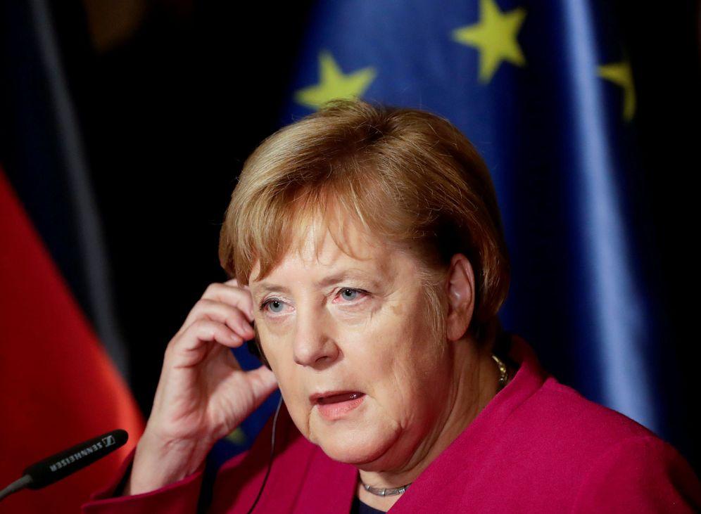 Foto: La canciller alemana Angela Merkel durante una rueda de prensa en Praga. (Reuters)