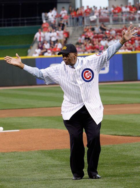 Foto: Ernie Banks, el afroamericano que se convirtió en una leyenda tras acabar con la barrera racial.