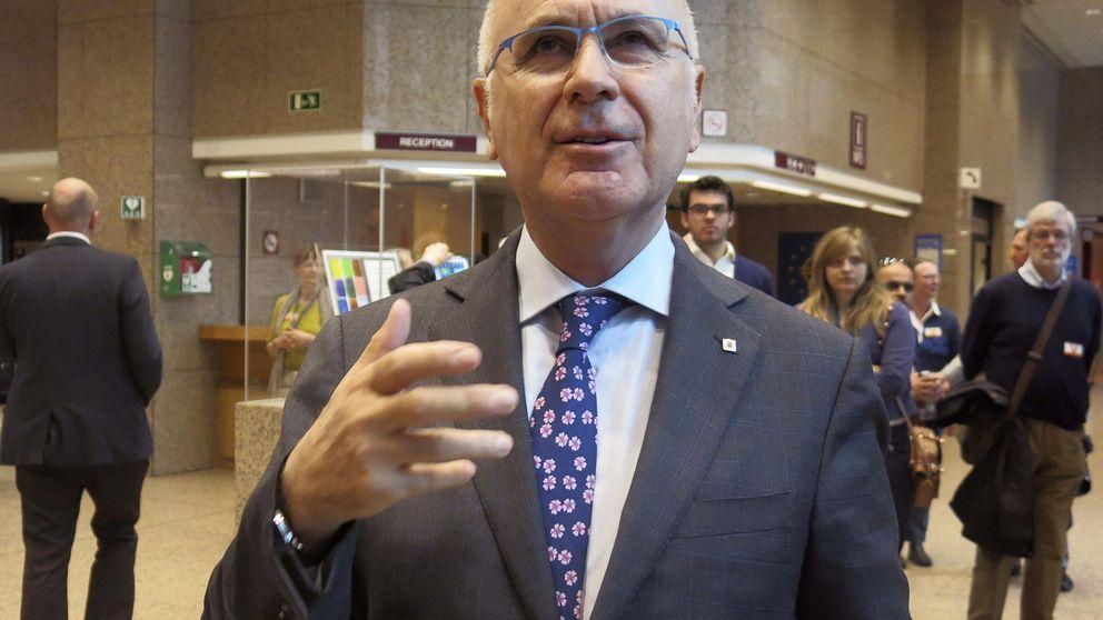 Unió aprueba ir a las urnas en solitario pero su sector crítico apoyará a Mas