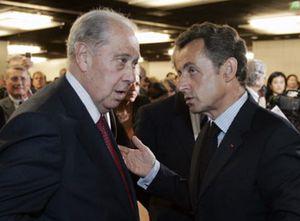 Un ex ministro y un hijo de Mitterrand, condenados por tráfico de armas