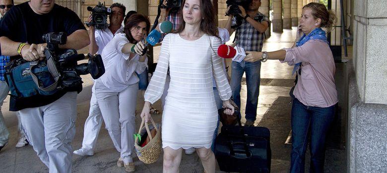 Foto: La juez Mercedes Alaya a la salida de los juzgados de Sevilla. (Efe)