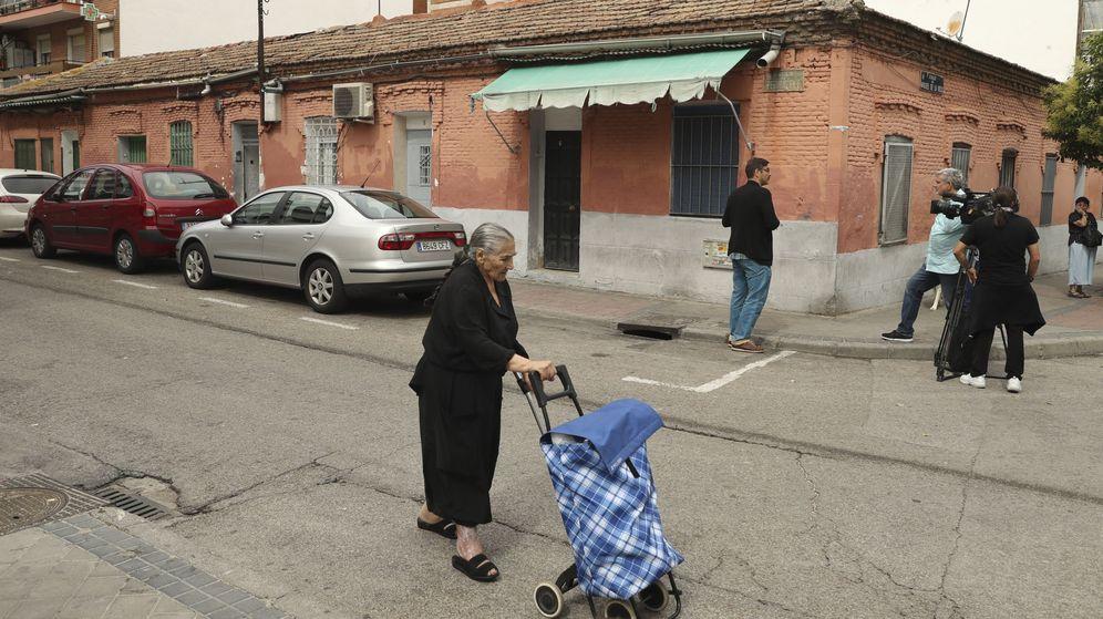 Foto: Vista de la casa situada en el madrileño distrito de Vallecas, uno de los espacios en que Robert Capa inmortalizó a niños víctimas de la Guerra Civil. (EFE)