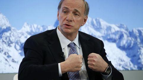Ray Dalio apuesta 1.200 millones contra los grandes valores del Ibex 35