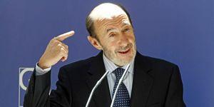JMJ: Rubalcaba, cada vez más 'indignado', se aleja de la postura del Gobierno