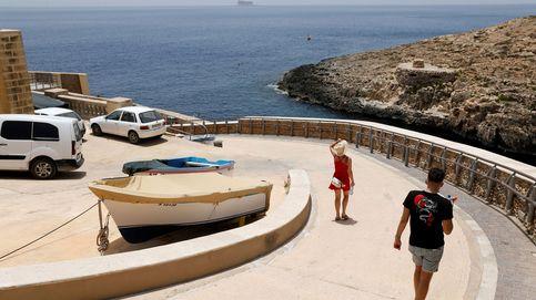 Malta da marcha atrás y no prohibirá la entrada al país de personas no vacunadas