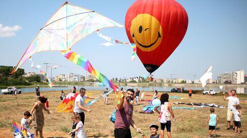 Festival de cometas en Albania y Copa del Rey de vela: el día en fotos
