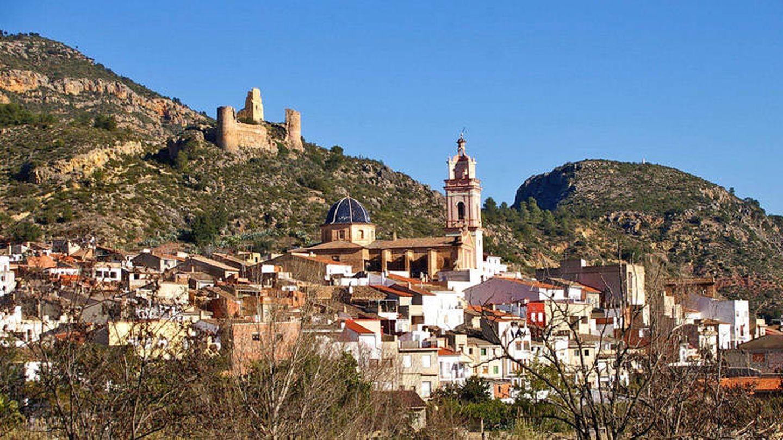 Gestalgar, uno de los primeros pueblos que se quedaron sin banco cuando comenzó el baile de fusiones. (Turisme Valencia)