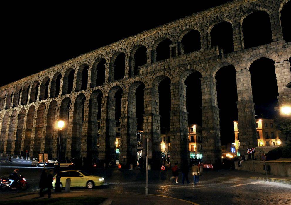 Foto: El acueducto de Segovia, pendiente de corregir las humedades del canal de plomo. (EFE)