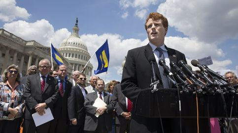 La saga Kennedy vuelve con Joe para replicar a Donald Trump: No os vamos a abandonar