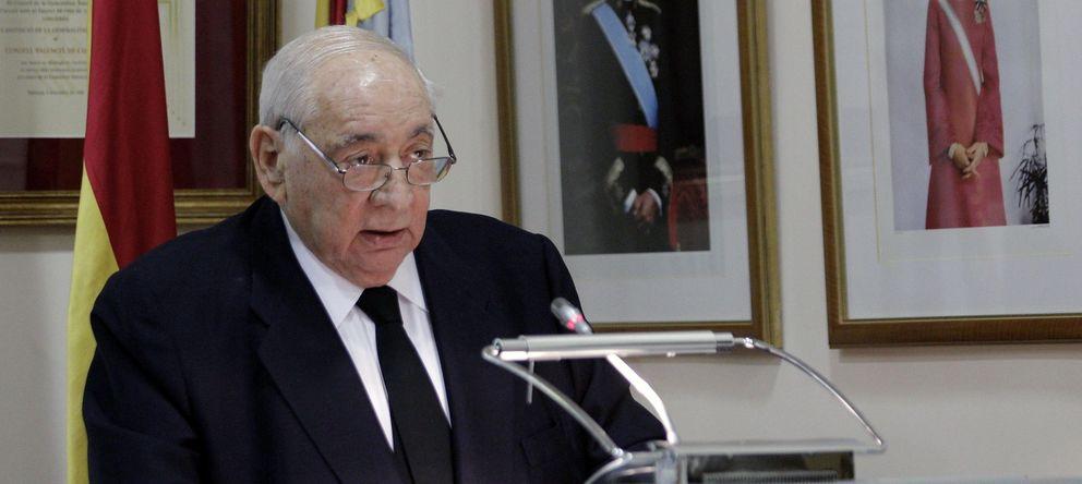Foto: Medalla plata consell valenciá cultura a isidoro álvarez