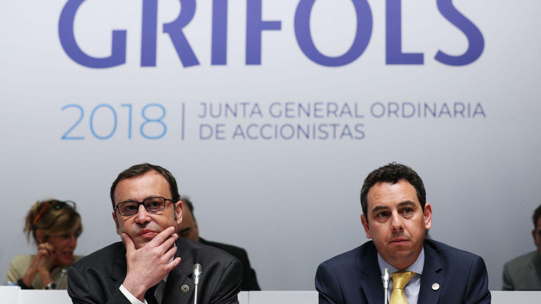 Foto: Los consejeros delegados de Grifols, Raimon Grifols Roura (i) y Víctor Grifols Deu. (Reuters)