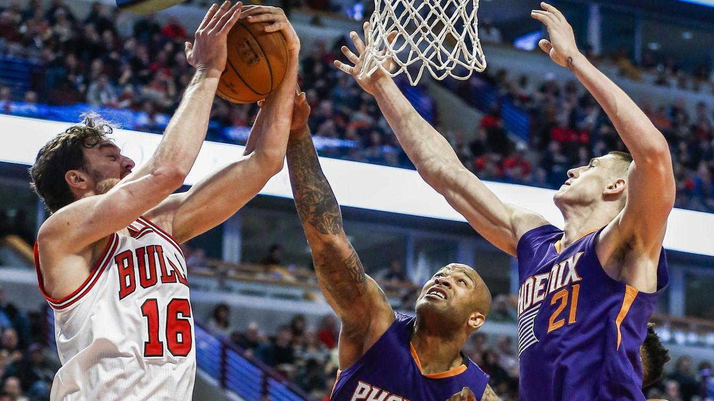 Foto: Gasol volvió a las dobles figuras ante los Suns (EFE).