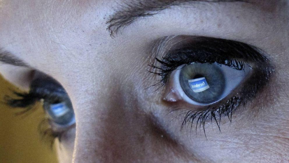Pasarte 11 horas al día mirando pantallas está dañando mucho a tus ojos