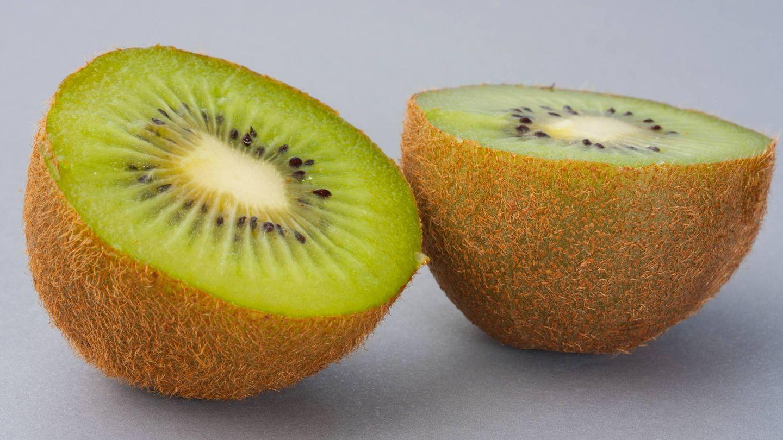 El kiwi es protagonista de esta dieta para adelgazar. (Engin Akyurt para Unsplash)
