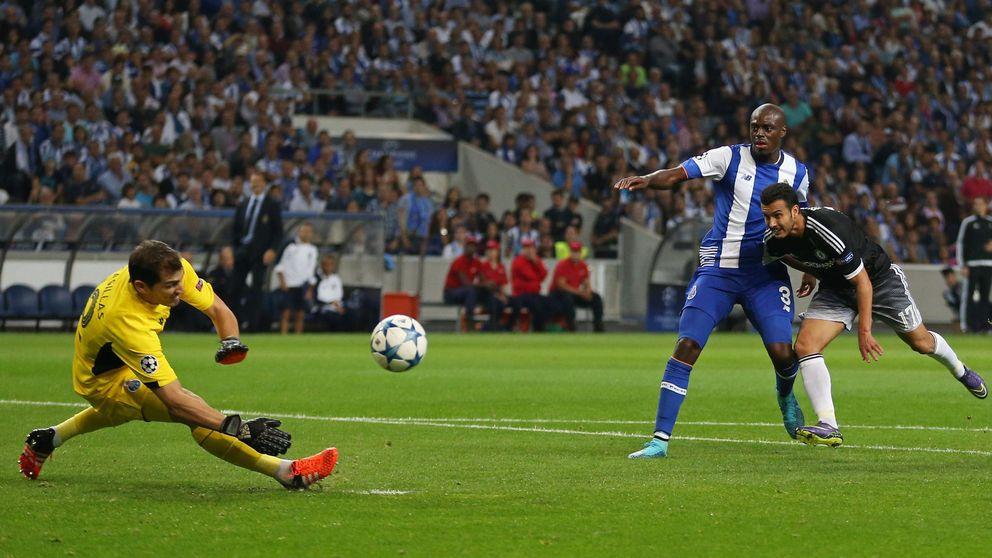Casillas se luce ante Mourinho: hasta un topo vería que este Chelsea no es fiable