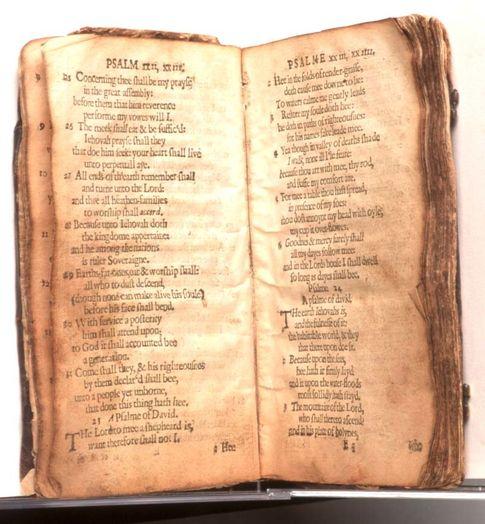 Foto: Ejemplar a subasta del 'Bay Psalm Book'